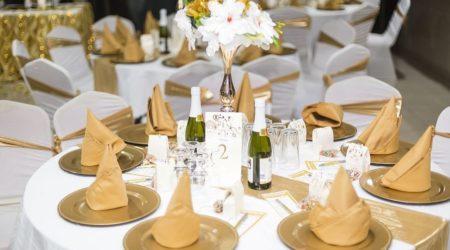 repas ou buffet avec un traiteur mariage